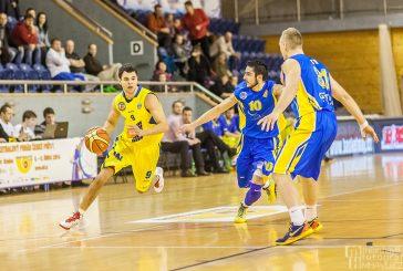 Objektivem Milana Havlíka: Basketbalový pohár České pošty v hradecké sportovní hale