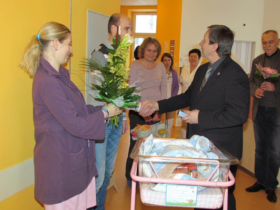 Město J. Hradec: Prvním občánkem je Filípek