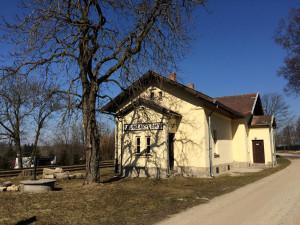 Stanice Kunžak – Lomy je mezi deseti finalisty soutěže o nejkrásnější nádraží.