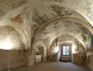 Expozice sálů zámku Žirovnice s gotickými nástěnnými freskami z 15. století