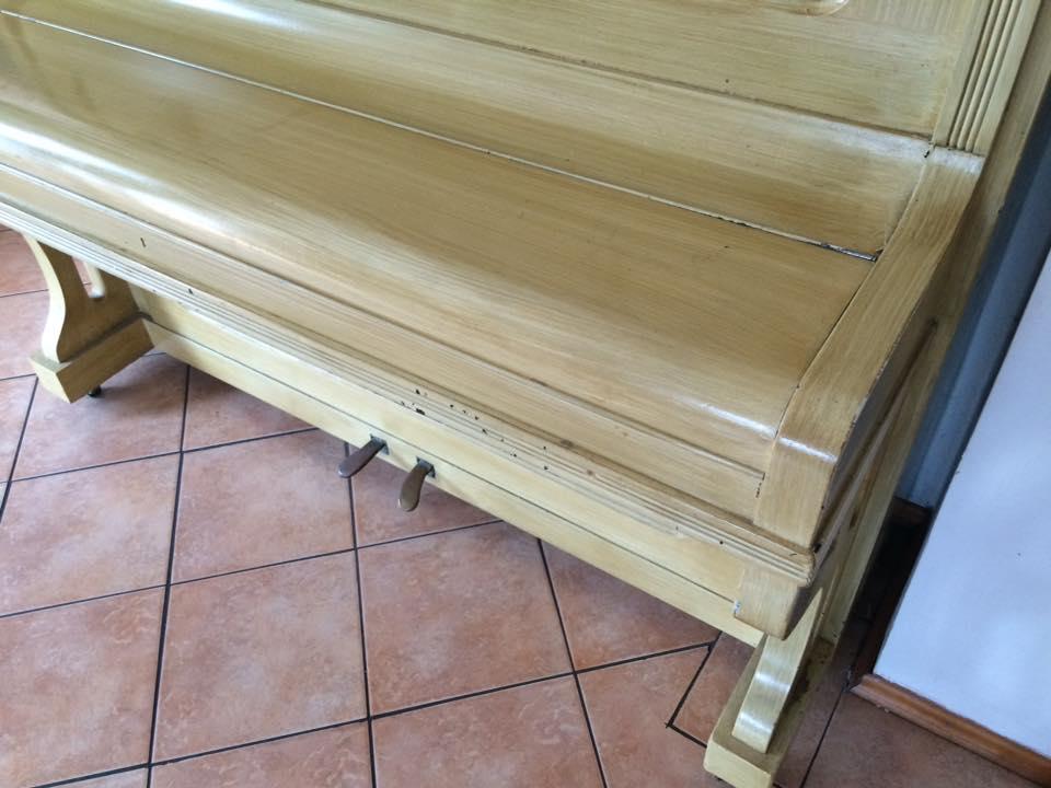 PIANA Běhal - Ladění a opravy klavíru / pian