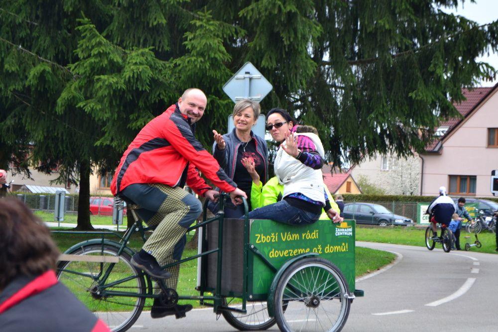 Veselá jarní cyklovyjížďka se povedla - Foto: Amálie Buřilová