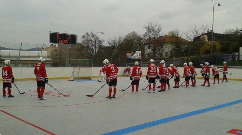 První zápas play-off 1. ligy hokejbalu patřil Olympu