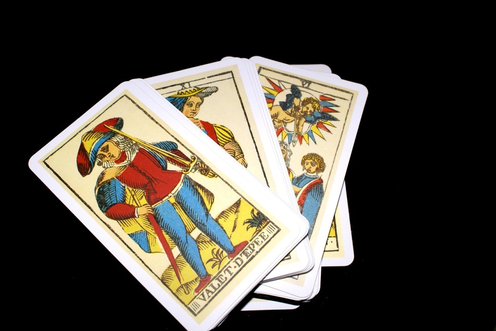 Čarovný krámek: Karty a my, my a karty