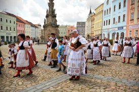 Folklor a tradice naplní centrum Jindřichova Hradce již podvanácté