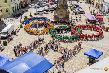 Fotogalerie: Živé olympijské kruhy v Jindřichově Hradci