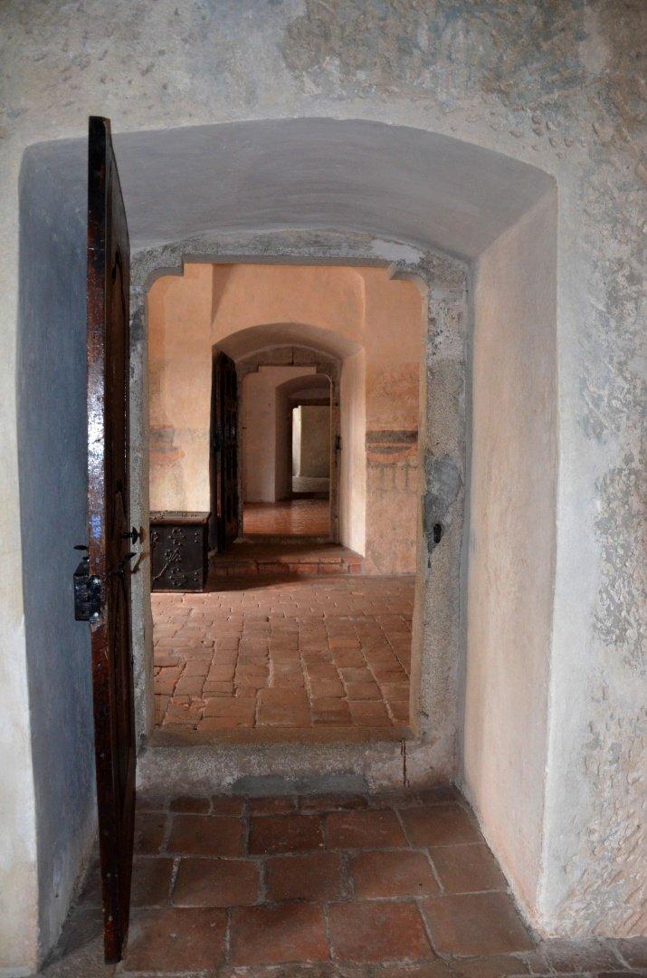 gotický palác jh - průhled pokoji
