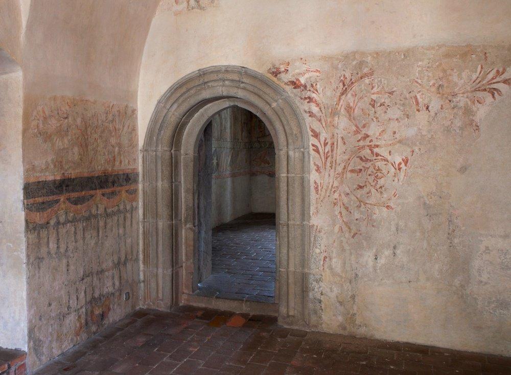 gotický palác jh - vstup do legendy