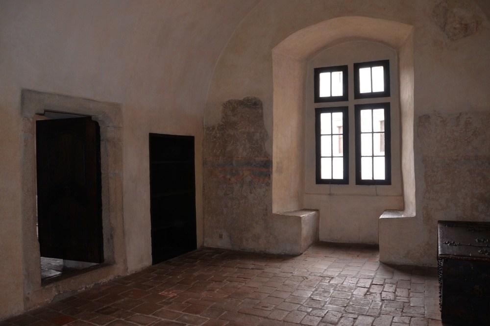gotický palác jh - vstupní síň 2