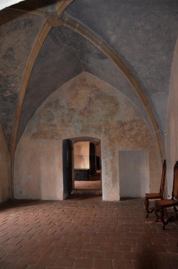 gotický palác jh - vstupní síň