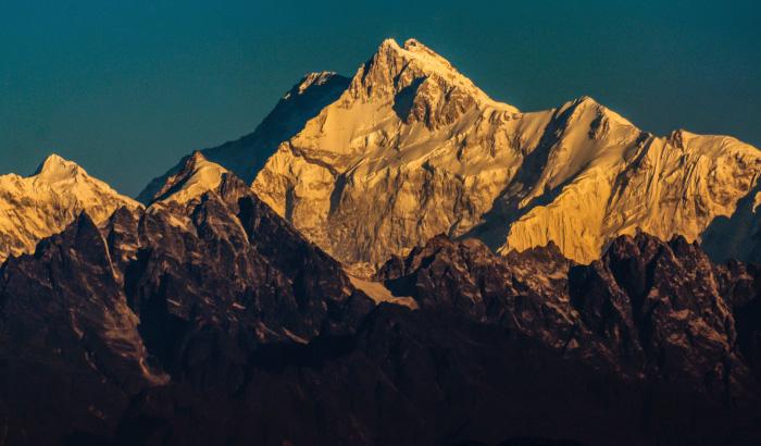 kanchenjunga-mountain-darjeeling