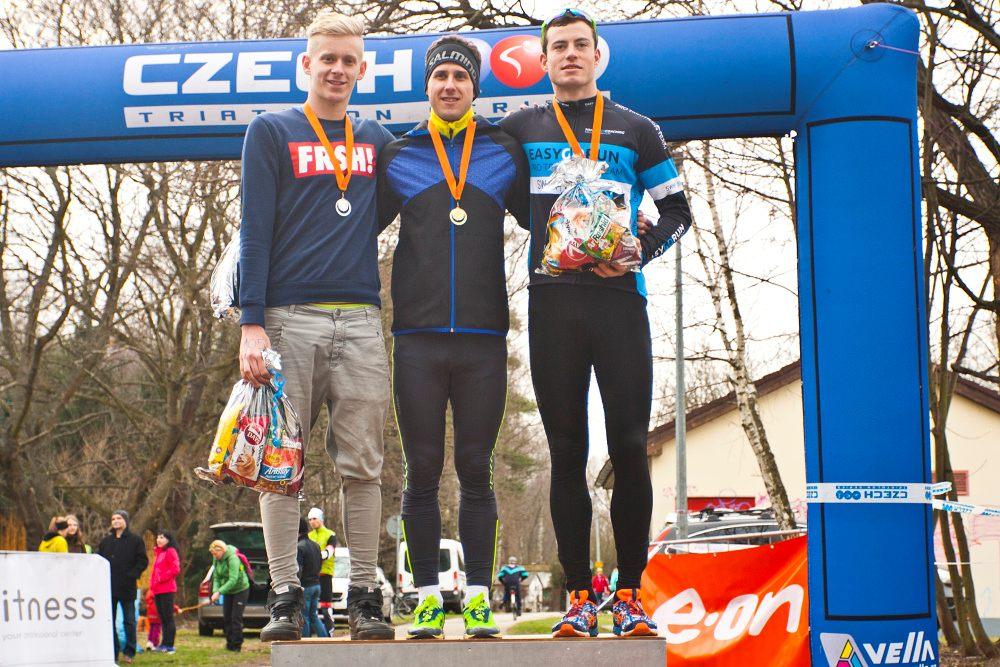 První letošní závod Českého poháru vaquatlonu byl pro TCV J. Hradec úspěšný