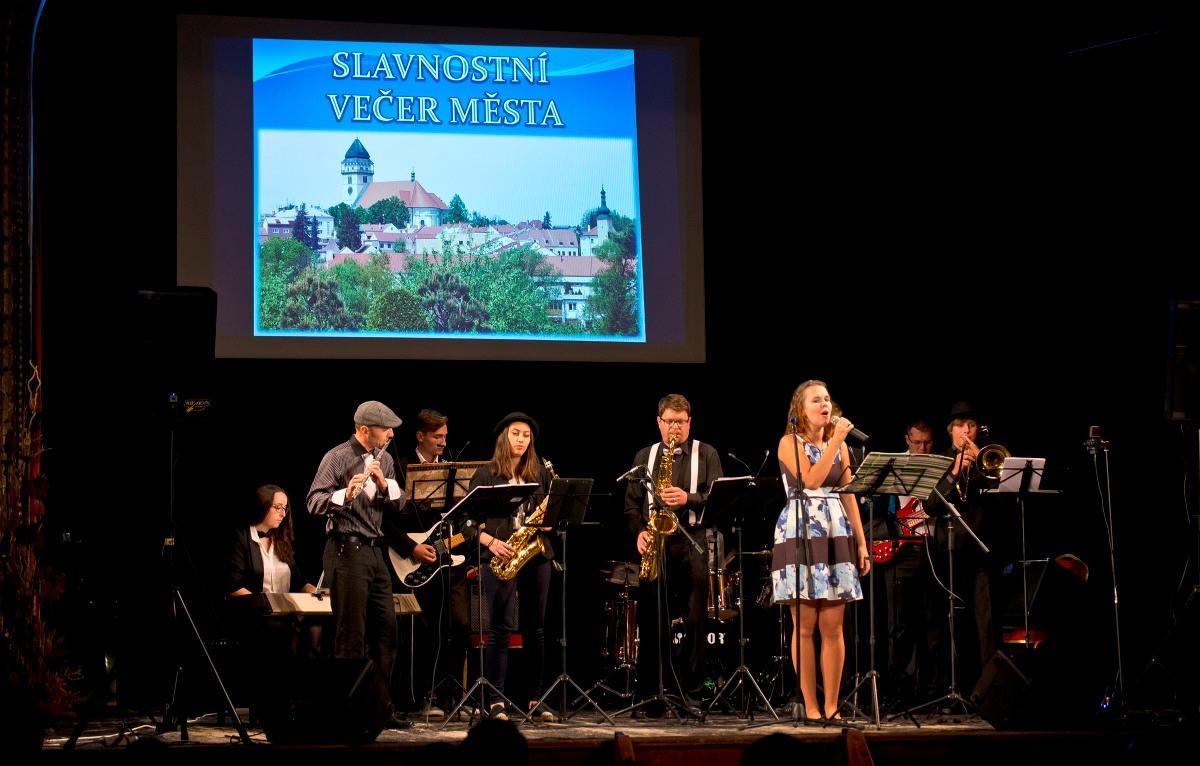 Slavnostní večer Město Dačice