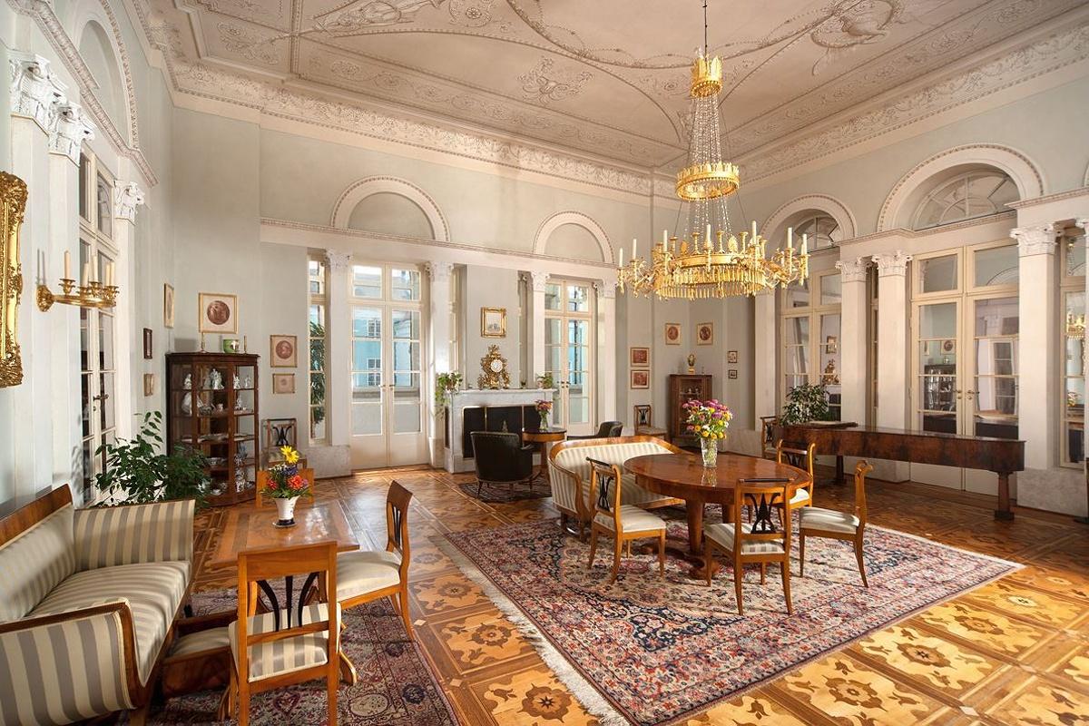 Státní zámek Dačice velký salon