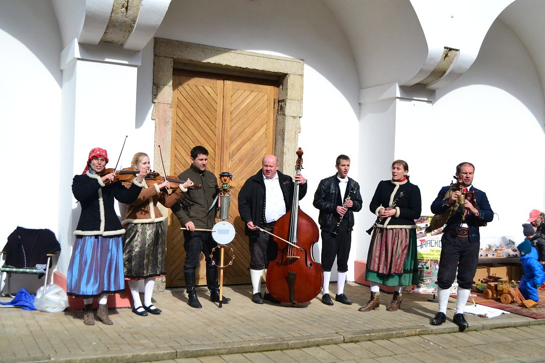Fotila Amálie: Velikonoce na zámku Žirovnice