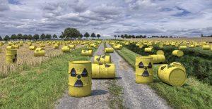 """Letošní pochod """"Den proti úložišti"""" povede pod Deštenskou horu nuclear-waste-1471361_1280"""