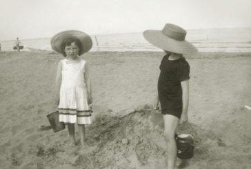 Dětský svět na Červené Lhotě/ Fotografie ze šlechtických alb, 1882-1945
