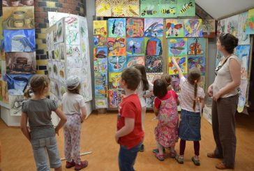 Výstava výtvarných prací žáků ZUŠ V. Nováka v J. Hradci