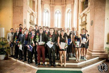 Fotil Lukáš: Předávání maturitního vysvědčení SOŠ a SOU v kapli sv. Maří Magdalény