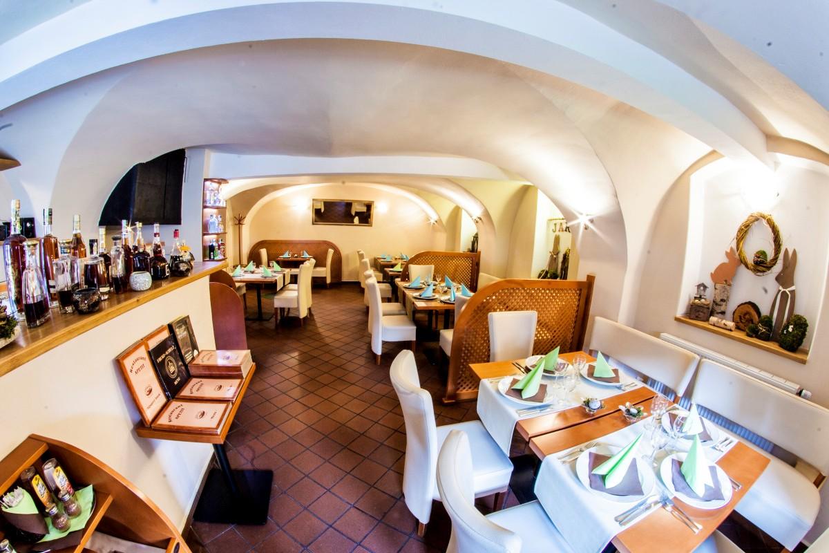 Penzion a restaurace Pod Zámkem
