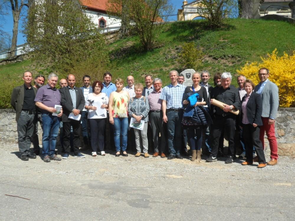 V sobotu se šel pochod proti jadernému úložišti pod Deštenskou horu