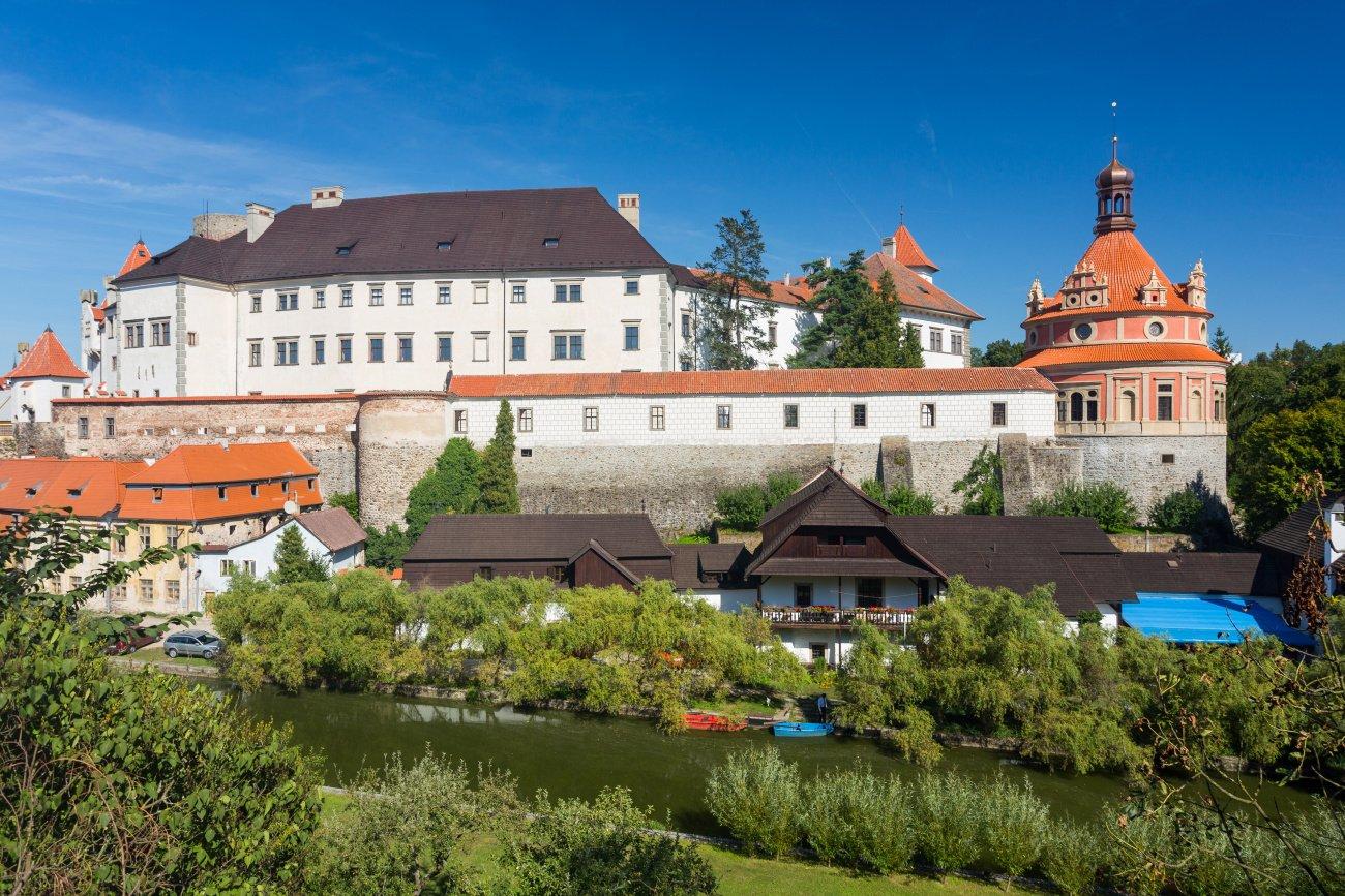 Státní hrad a zámek Jindřichův Hradec_pohled z Karlova