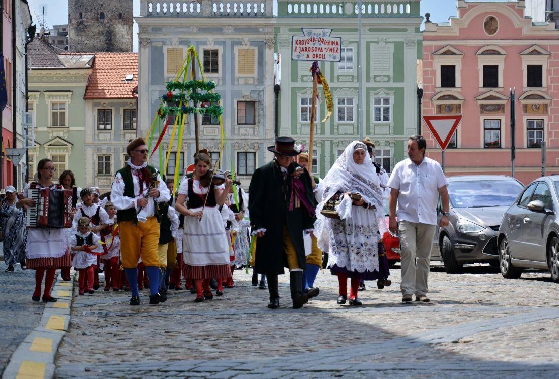 Folklorni festival jihoceskych souboru v Jindrichovì Hradci