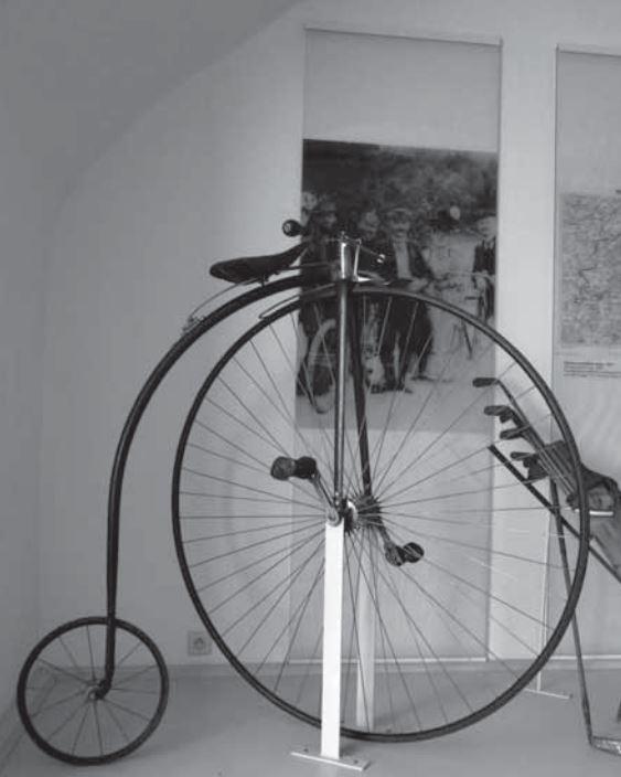 Velocipéd zn. Kohout - Ze sbírek Městského muzea v Kamenici nad Lipou #3