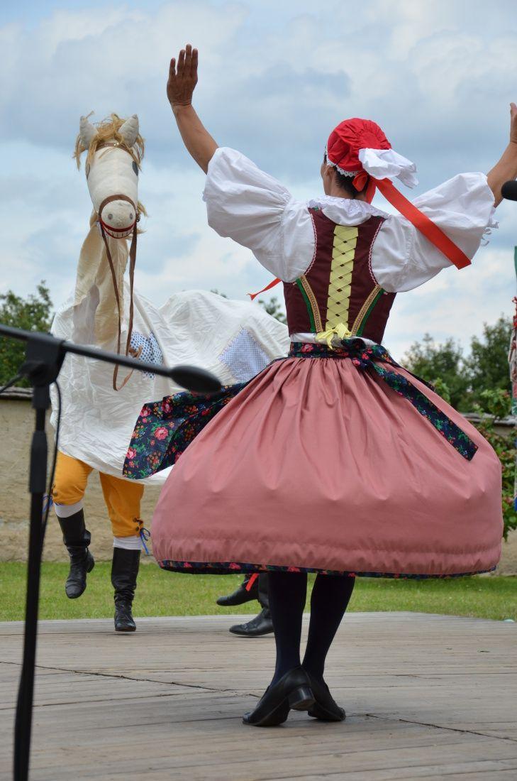 Jedenáctý ročník Folklorního festivalu jihočeských souborů vJindřichově Hradci