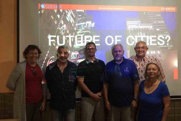 SNK ED uspořádalo přednášku o SMART CITIES - městech budoucnosti