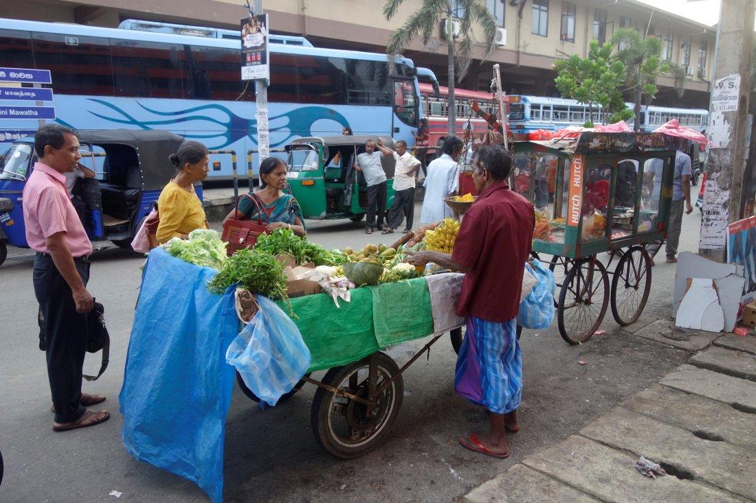 Srí Lanka – Púdža vchrámu Buddhova zubu a nenasytný mnich (cestování s Kateřinou Duchoňovou #8)_Galle2