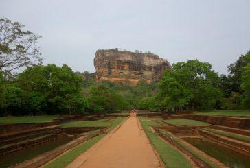 Srí Lanka – Púdža vchrámu Buddhova zubu a nenasytný mnich (cestování s Kateřinou Duchoňovou #8)