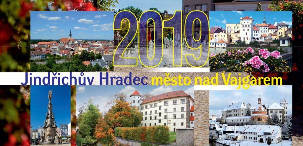 Kalendáře a knihy s tematikou Jindřichova Hradce v prodeji