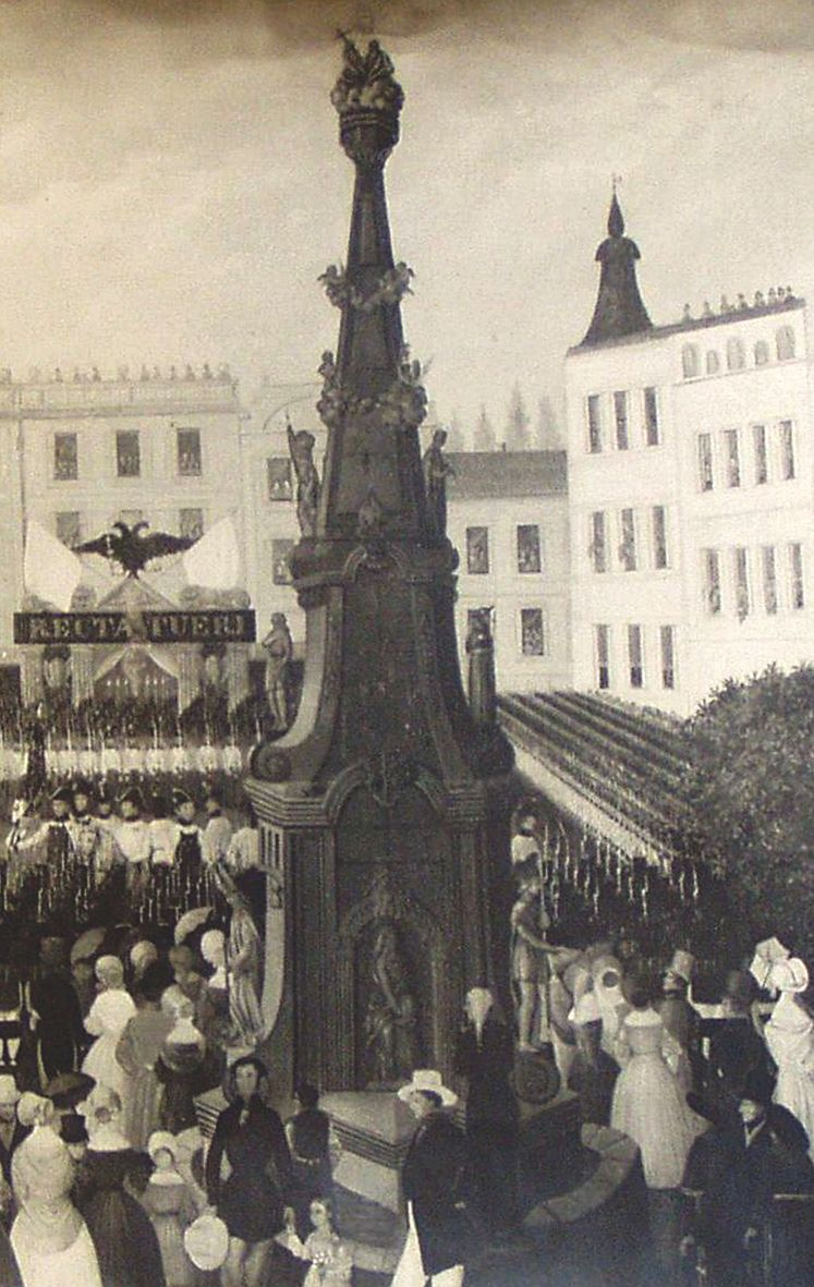 Jindřichohradecké sochy a památníky