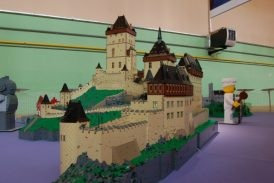 Jindřichohradečák staví rozsáhlé a detailní modely hradů z LEGA (VIDEO)