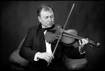 Jindřichovým Hradcem bude znít magická viola Petra Přibyla