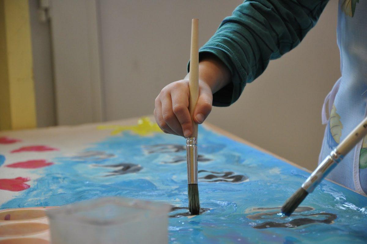 Malování výtvarný štětec