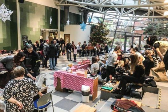 Vánoční trhy na Fakultě managementu