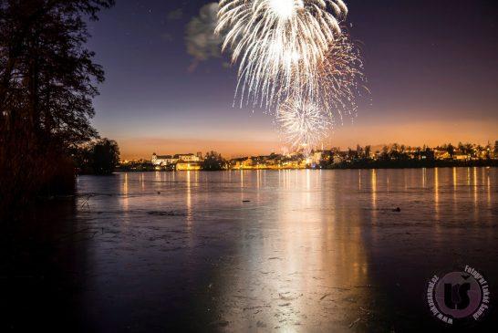OBRAZEM: Novoroční ohňostroj v Jindřichově Hradci 2020 - Lukáš Šamal