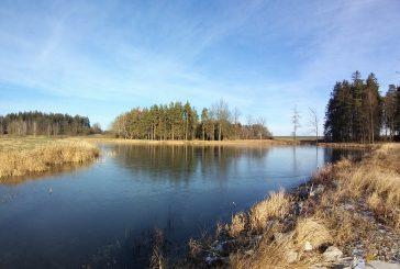 Pěšky po Hradecku #4: Děbolín a Matná