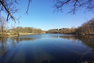 Pěšky po Hradecku #5: Obora a Velký Ratmírov