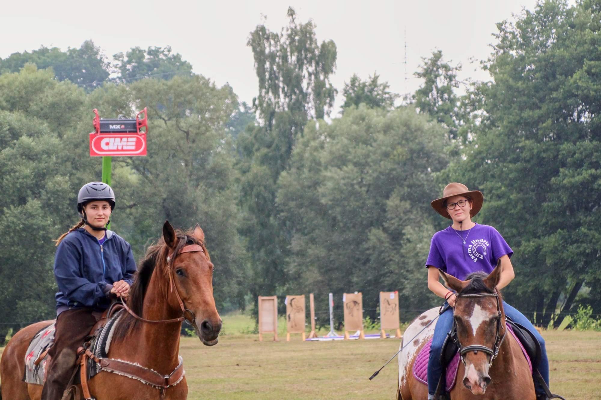 Jezdecké hry na farmě v Jindřiši