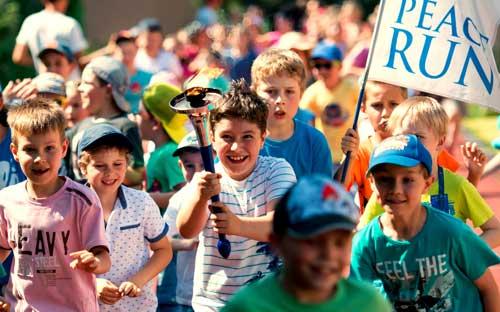 11. srpna doběhne do Jindřichova Hradce Peace Run