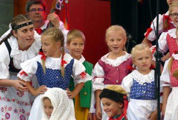 Prázdniny zakončil v Lomnici nad Lužnicí folklorní festival U Zlaté stoky