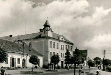 Deštenská škola za války (Z historie Deštné)