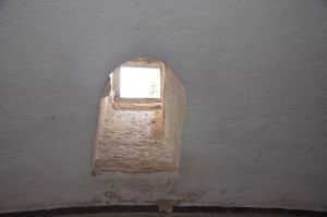 Okno-smerujici-na-Nezarecke-predmesti